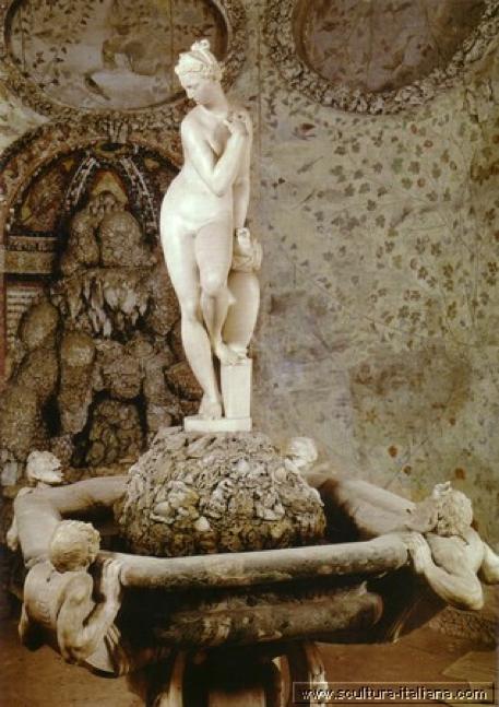 """""""Venere che esce dal bagno"""" Buontalenti Grotto, Boboli Gardens"""